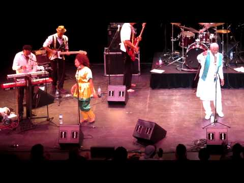 Mahmoud Ahmed & JAzmaris at Arts Centre Melbourne Jan 2013
