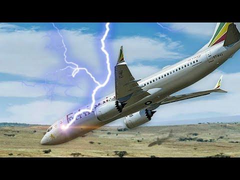 প্লেনের উপর বজ্রপাত হলে কি ঘটে   What Happens When Lightning Strikes a Plane in Bangla