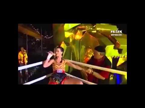 Katy Perry - Roar  MTV VMA live - (HDaudio) & (links MTV live videos)