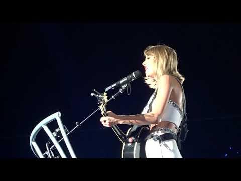 Taylor Swift - Fifteen (live 1989 tour )