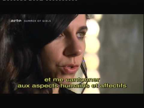 PJ HARVEY Interview LET ENGLAND SHAKE Paris 07-12-2011