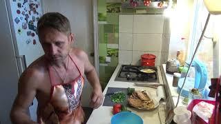 какие вышли беляши, салат от шеф повара Николая, Шаповаловы влог, кухня.