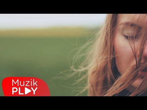 Sibel Yıldız Ft. Cevdet Bağca - Yağmura Benziyorsun (Official Video)