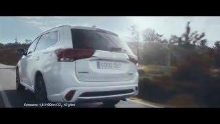 Car Commercial. Spot. Pub. Tv Ad. Advert. Pubblicità. Werbung. Werb...