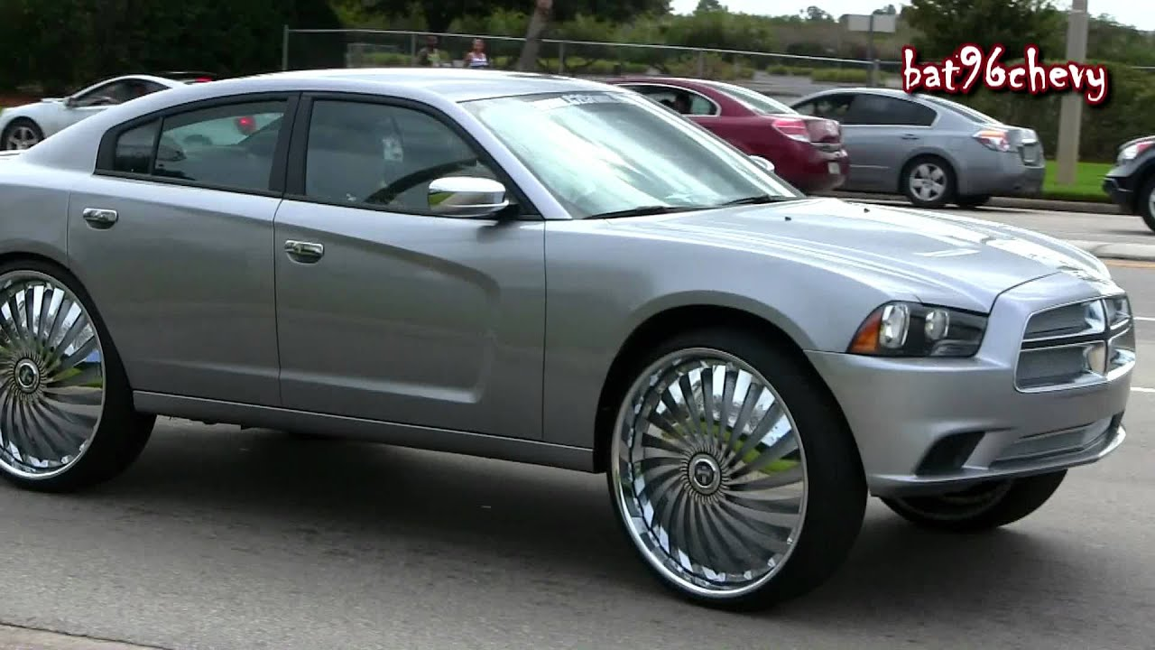 """2011 Dodge Charger on 30"""" DUB Swyrl Floaters Pt 1 1080p HD"""