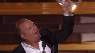 Brooks wins big at 50th CMA Awards