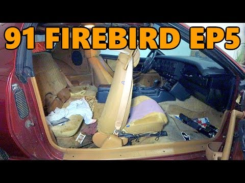 1991 Firebird Interior Cleanout and Sway Bar End Link Replacement (Ep.5)