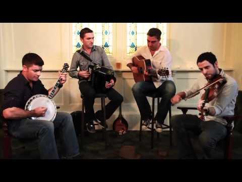 Sásta playing Tunes at the 'Tara Rooms'-Brisbane Irish Club.m4v