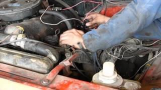Как замерить компрессию в цилиндрах двигателя одному/How to measure the engine compression alone