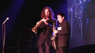 "Kenny G and Austin G ""Over the Rainbow"" at Humphrey"
