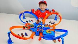 Машинки Hot Wheels и Трек опасный перекрёсток - Даник и Гонки Hot Wheels Criss Cross Crash