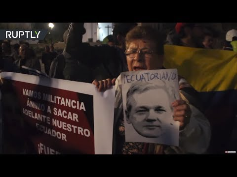 Ecuadorian protesters call on their president to revoke citizenship from Assange
