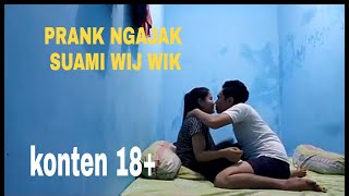 Download Video Prank ngajakin suami wik wik !! Dia malah mau benarn!!! Nyosor dianya MP3 3GP MP4