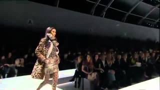 видео Мода осень-зима 2012-2013. Осенняя и зимняя мода 2012-2013 года