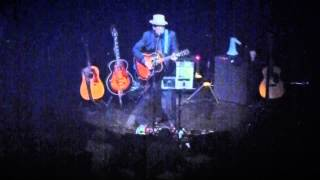 Elvis Costello - She's Pulling Out The Pin - A close encounter with ...  - Frits Philips Eindhoven