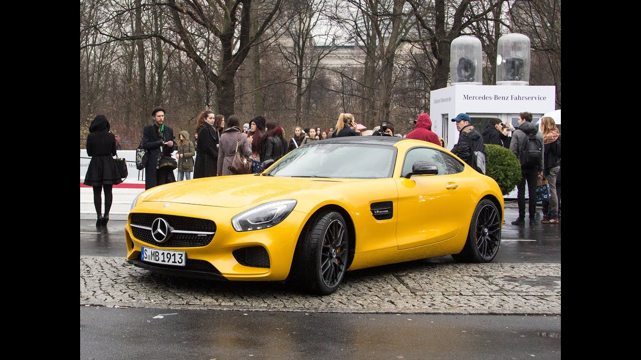 mercedes amg gt s auf der fashion week in berlin 2015 youtube. Black Bedroom Furniture Sets. Home Design Ideas