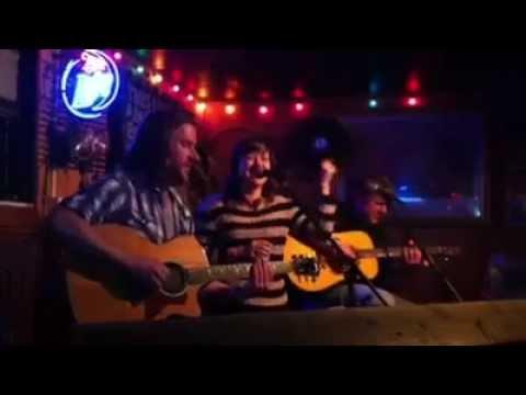 Kelly Clarkson on a bar in Nashville - by David Borné
