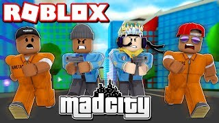2 CRIMINALS VS 2 COPS CHALLENGE IN ROBLOX MAD CITY!! (Roblox Livestream)