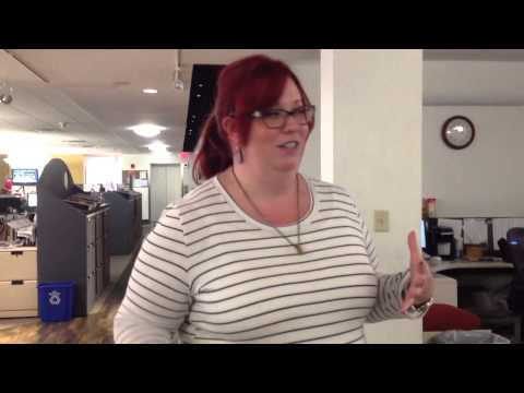 Jennifer Smith Richards gives a tour of the Columbus Dispatch