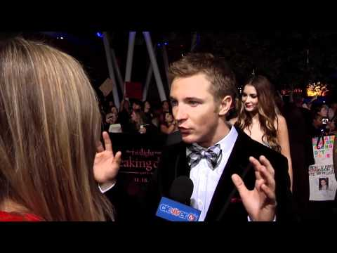 Michael Welch : Breaking Dawn Part 1 World Premiere