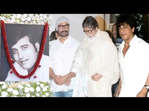 Full Video: Bollywood Celebs Snapped At Vinod Khanna's Prayer Meet