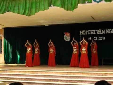 [22/03/2014] 12B4 Múa Ấn Độ - THPT Quang Trung Daklak