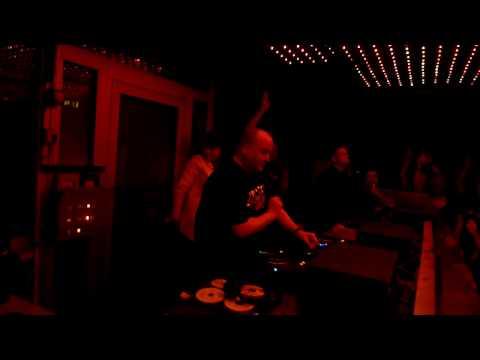 Talla2XLC: Lambda - Hold On Tight @ Technoclub U60311, Frankfurt Part 1