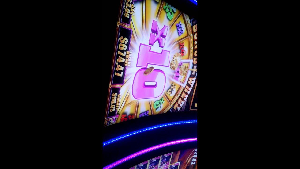 Slot machine huge jackpot