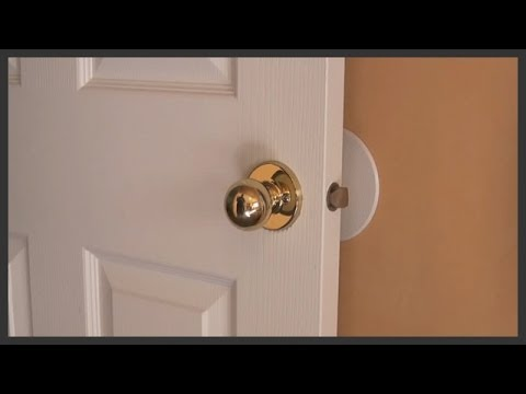 How to remove and replace door knobs - YouTube