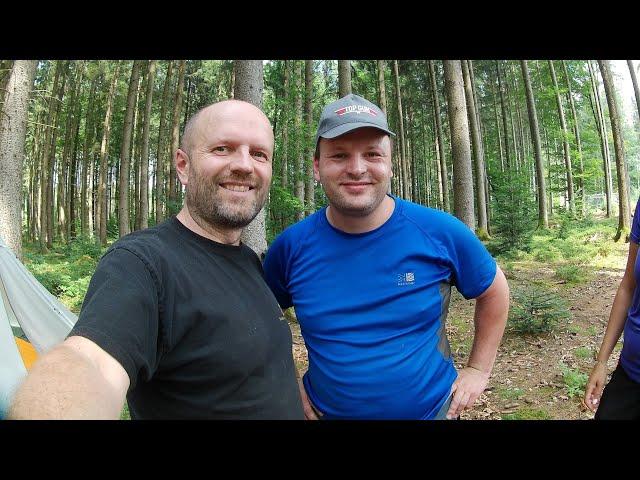 Übernachtung mit Bushcraft -Oberland und -Mitch, Akaso Action Cam