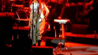 Erykah Badu Live Fall in Love Durham, NC