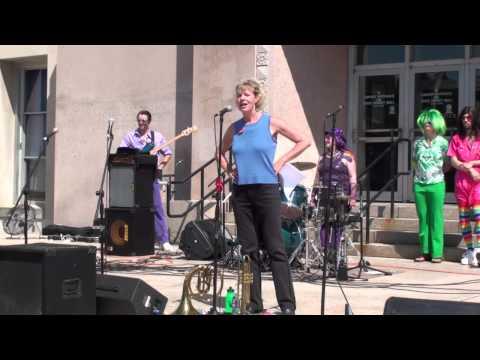 Tammy Baldwin Speaks at Wisconsin Capitol Pride 2010