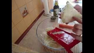 Przepyszna surówka z białej kapusty w kilka minut