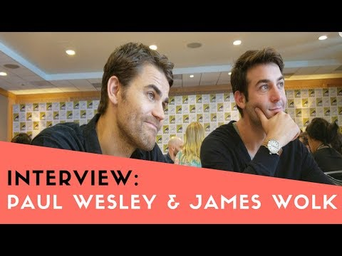 COMIC CON 2018  Paul Wesley & James Wolk Talk 'Tell Me A Story'