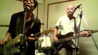 村八分からのカバーです。 ブログも見てね♪ http://rock.tenkochi.mods.jp/
