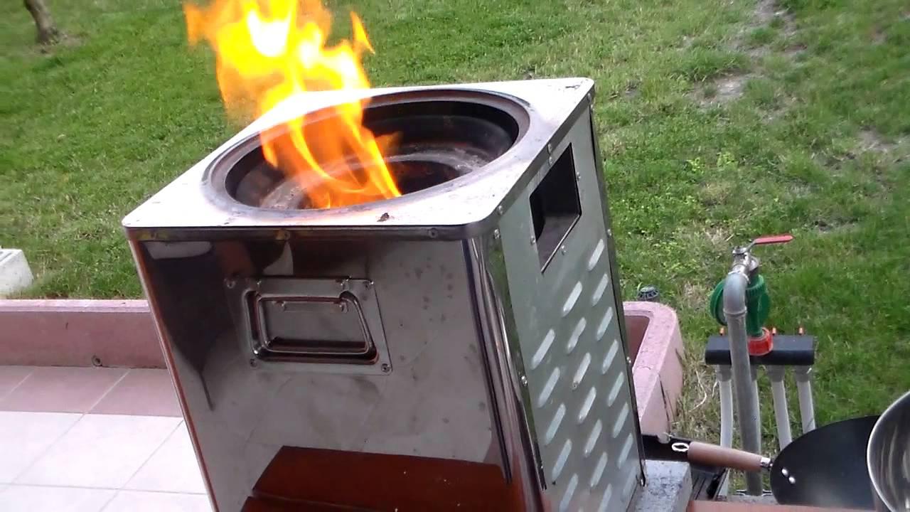 Pyreus funzionamento senza canna fumaria biomass rocket for Best rocket stove design ever