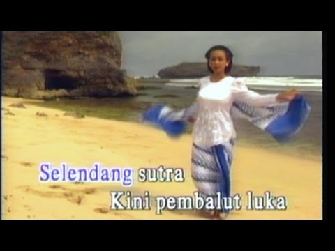 Selendang Sutera - M Rivany