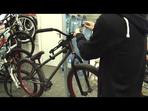 Смотреть онлайн Спецвыпуск ТРУЪ стикербомбинг велосипеда