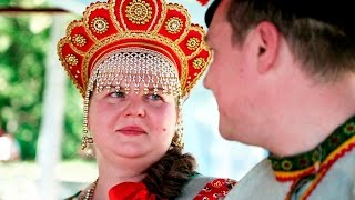 Свадьба в русском стиле. Свадебная прогулка Сергея и Марины. Позитивное видео!