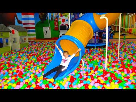 Indoor Playground! Ярослава в развлекательном центре для детей!