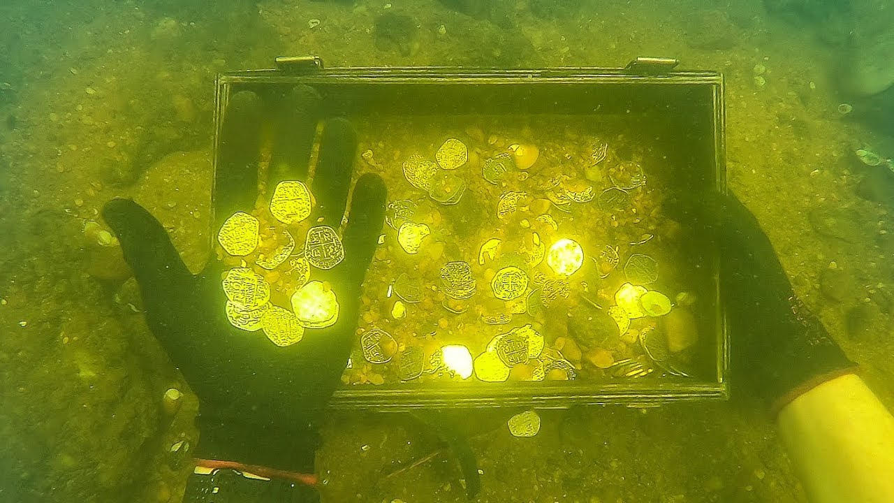 """Download """"Found"""" Gold Coins While Scuba Diving Sunken Ship! (Explored for Treasure)"""