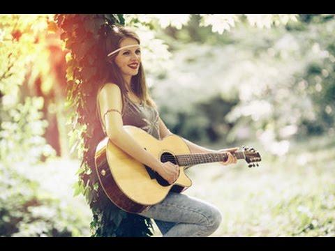 Douce musique de guitare classique, mélodie romantique et paisible pour des moments de bonheur