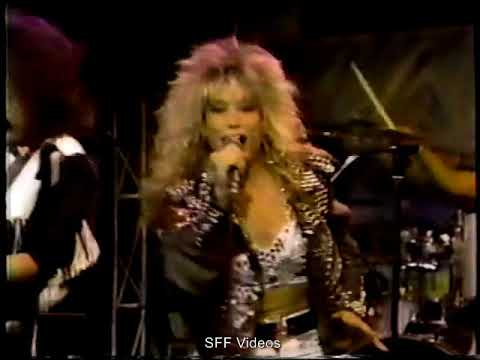 Femme Fatale - Falling In And Out Of Love (Rare Live) (MTV MOUTH TO MOUTH 1988)
