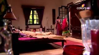 Video Rangrasiya - रंगरसिया - 31st March 2014 - Full Episode(HD) download MP3, 3GP, MP4, WEBM, AVI, FLV Juli 2018