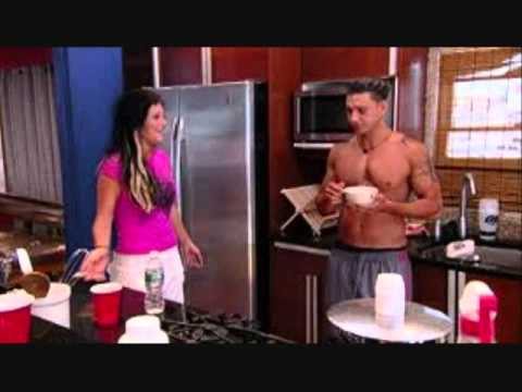 did deena and pauly d hook up