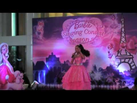 "Barbie ""Get Your Sparkle ON"" : Fashion Fairytale"