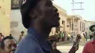 Lágrimas Negras-Cuba feliz y libre.
