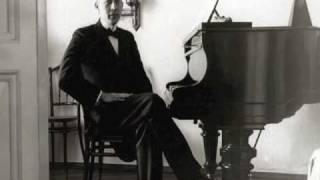 Rachmaninoff Playing the Star Spangled Banner