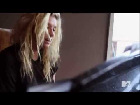 Ke$ha On The Piano - Love Into The Light