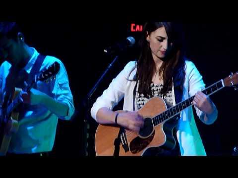 """Sara Bareilles """"Basket Case"""" Live"""